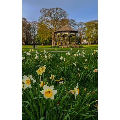 Bandstand Horsforth Hall park