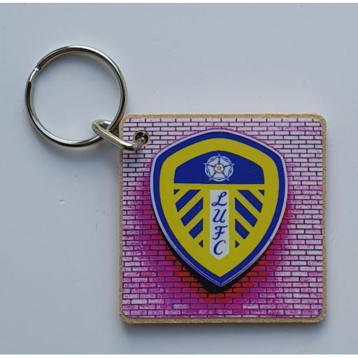 Leeds United Badge Keyring Pink